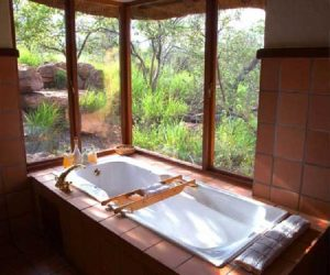 nungubane lodge